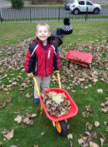 nursery-2-collecting-leaves-2
